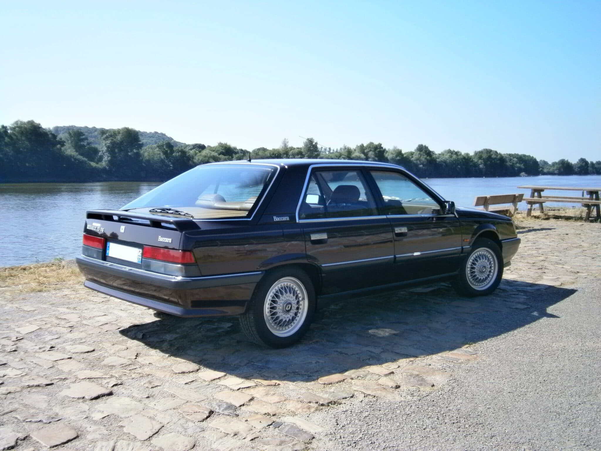 R25 Baccara 1990