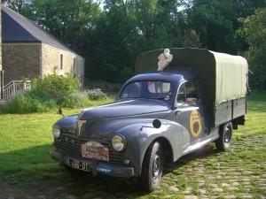 203 Peugeot Camionnette  bachée