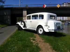 Renault Vivastella 1933 limousine toit panoramique